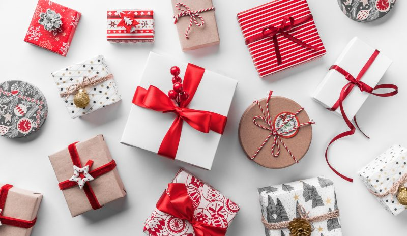 Viele Weihnachtsgeschenke