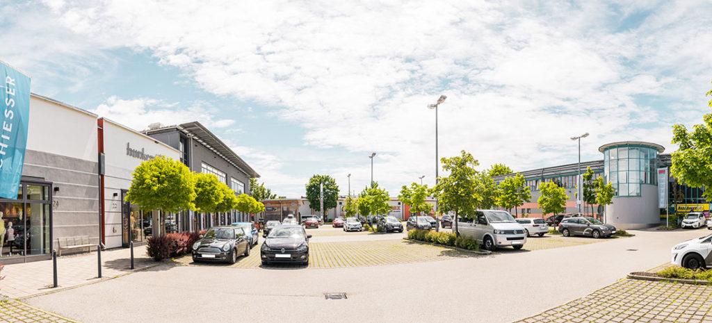 Parkplatz vom Aicherpark Outlet